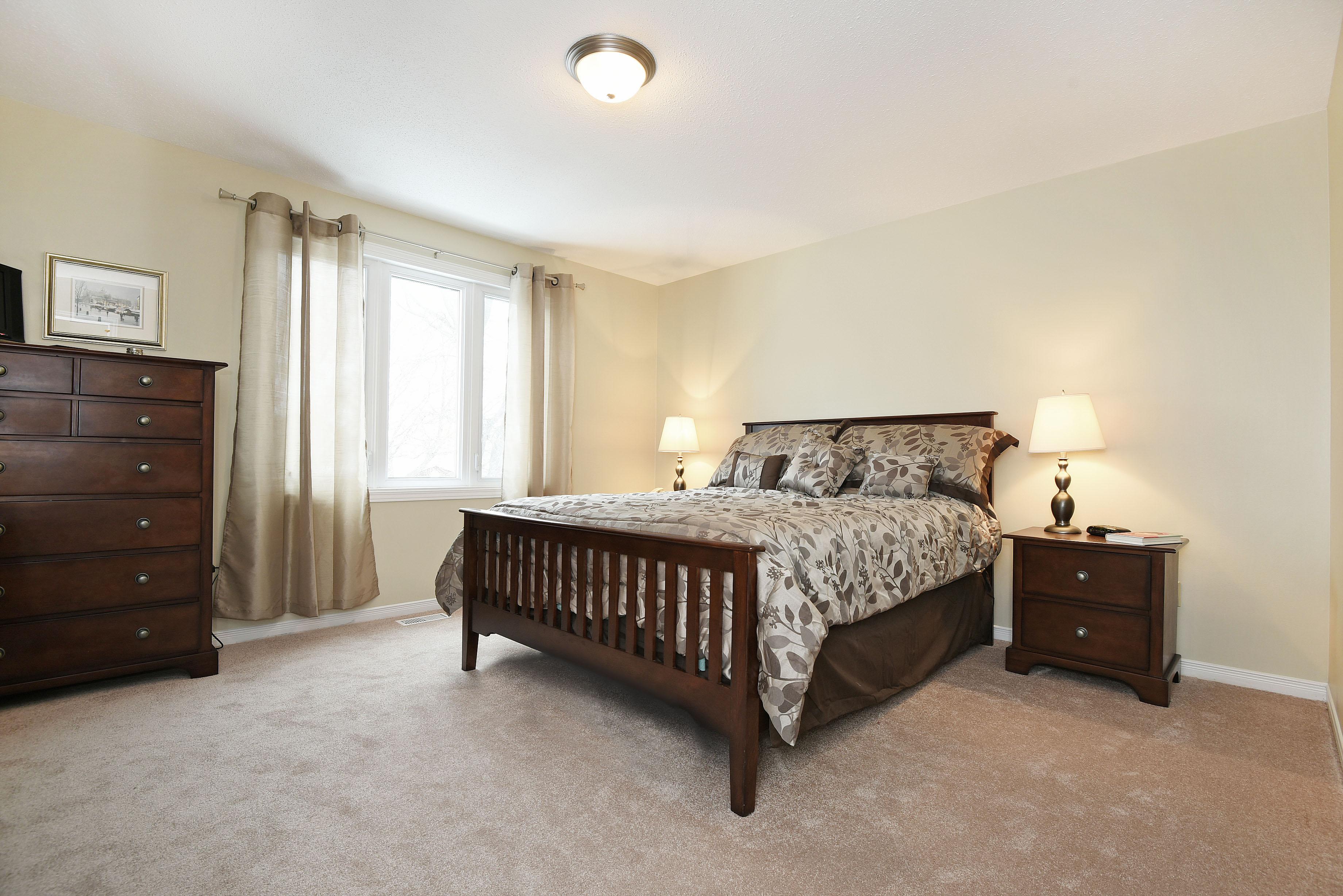 Selling Luxury Lifestyle Properties 4 Keys Way